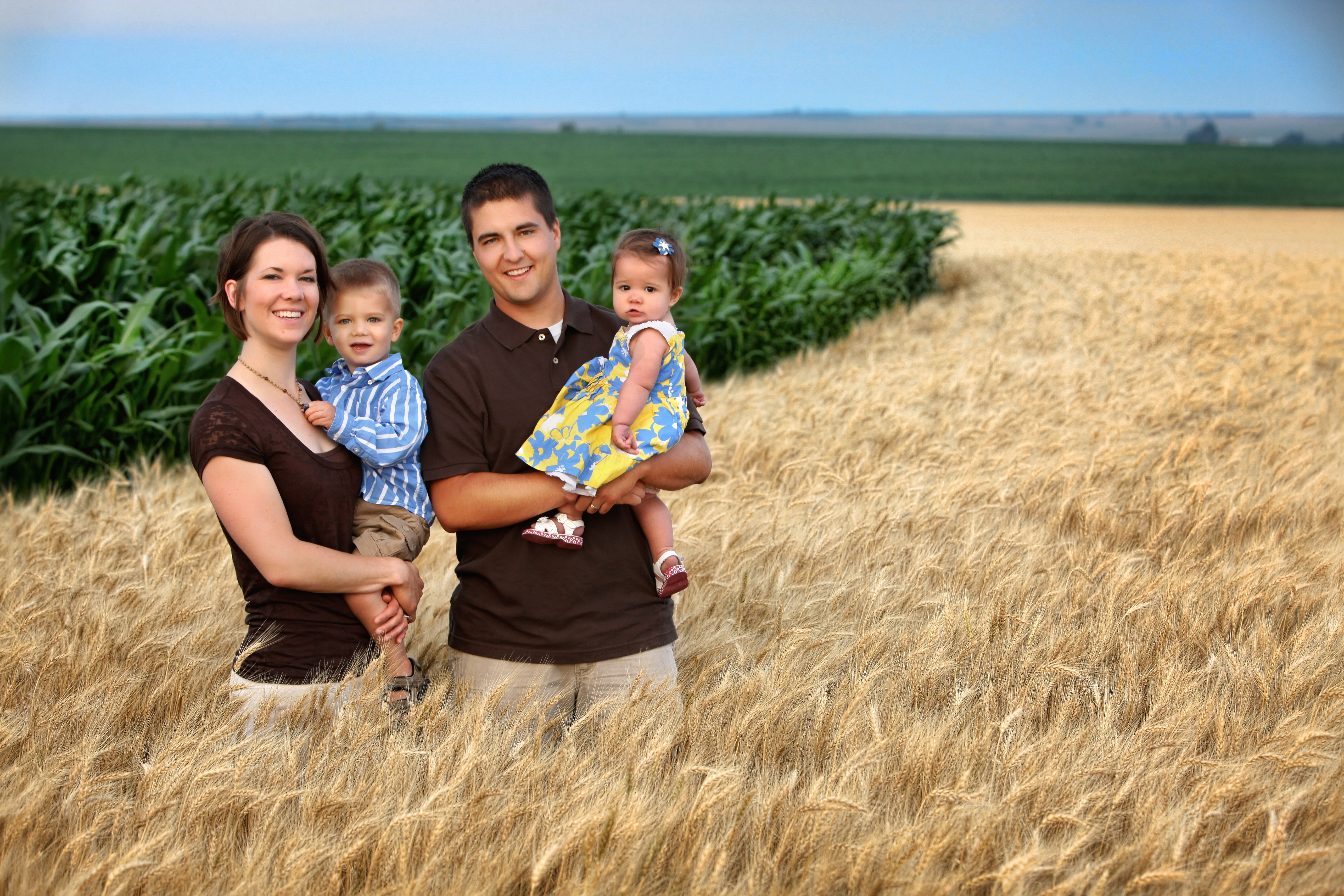 Get To Know Your Nebraska Farmers Zach And Anna Hunnicutt