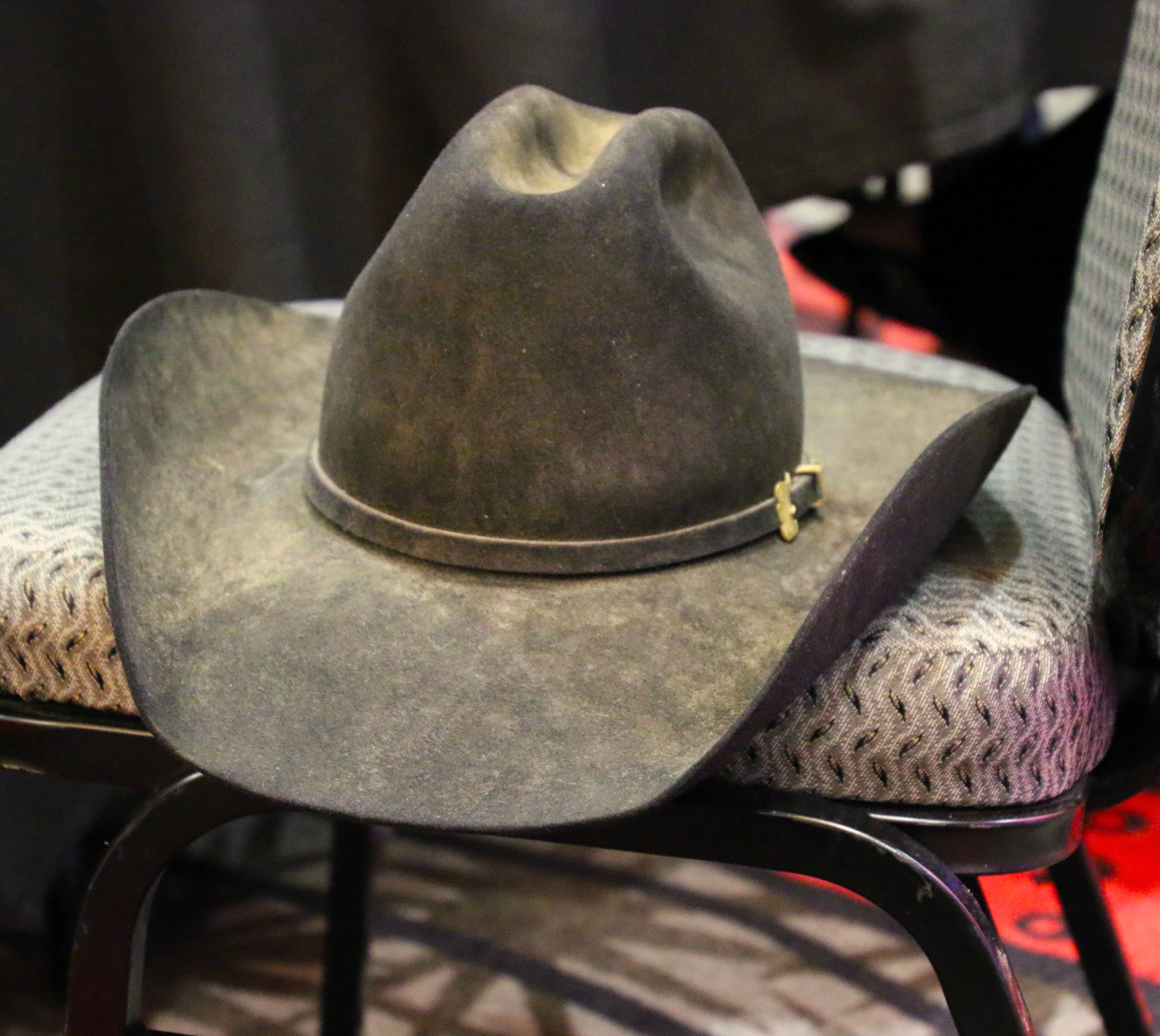 "42d4b2169af02 A Cowboy s Hat"""
