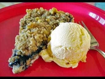 Pg A7 - blueberry dessert pizz