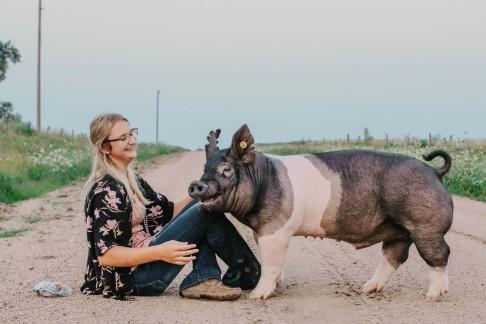 Brittani hogs